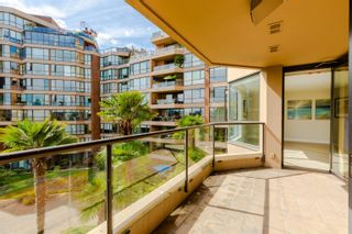 """Photo 37: 406 1450 PENNYFARTHING Drive in Vancouver: False Creek Condo for sale in """"Harbour Cove"""" (Vancouver West)  : MLS®# R2617259"""