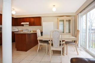 Photo 6: 1532 Sarasota Crescent in Oshawa: Samac House (2-Storey) for sale : MLS®# E3665030