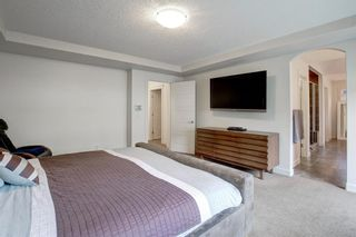 Photo 18: 127 Springbluff Boulevard SW in Calgary: Springbank Hill Detached for sale : MLS®# A1140601