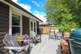 Photo 34: 2074 Lambert Dr in : CV Courtenay City House for sale (Comox Valley)  : MLS®# 878973