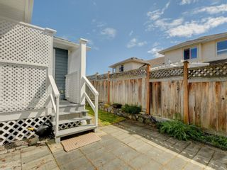Photo 9: 2 10121 Fifth St in : Si Sidney North-East Row/Townhouse for sale (Sidney)  : MLS®# 873973