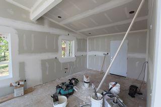 Photo 4: 2728 Fraser Road in Anglemont: North Shuswap House for sale (Shuswap)  : MLS®# 10101552