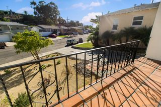 Photo 2: SAN DIEGO House for sale : 2 bedrooms : 5848 VALE WAY