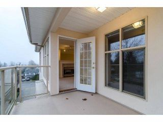 "Photo 10: # 402 15350 19A AV in Surrey: King George Corridor Condo for sale in ""Stratford Gardens"" (South Surrey White Rock)  : MLS®# F1308602"
