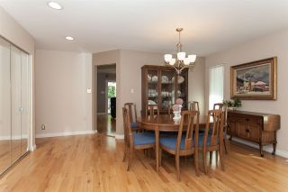 Photo 5: 6064 188 Street in Surrey: Cloverdale BC House for sale (Cloverdale)  : MLS®# R2257605