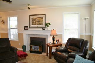 "Photo 10: 12 32861 SHIKAZE Court in Mission: Mission BC Townhouse for sale in ""Cherry Lane"" : MLS®# R2173355"