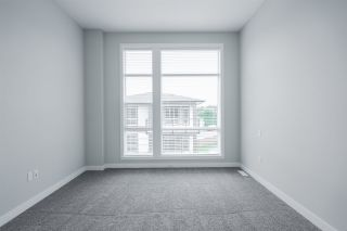 """Photo 16: 75 8413 MIDTOWN Way in Chilliwack: Chilliwack W Young-Well Townhouse for sale in """"MIDTOWN ONE"""" : MLS®# R2570678"""