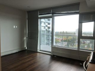 "Photo 5: 1607 13308 CENTRAL Avenue in Surrey: Whalley Condo for sale in ""Evolve"" (North Surrey)  : MLS®# R2504850"