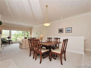 Photo 6: 18 4300 Stoneywood Lane in VICTORIA: SE Broadmead Row/Townhouse for sale (Saanich East)  : MLS®# 610675