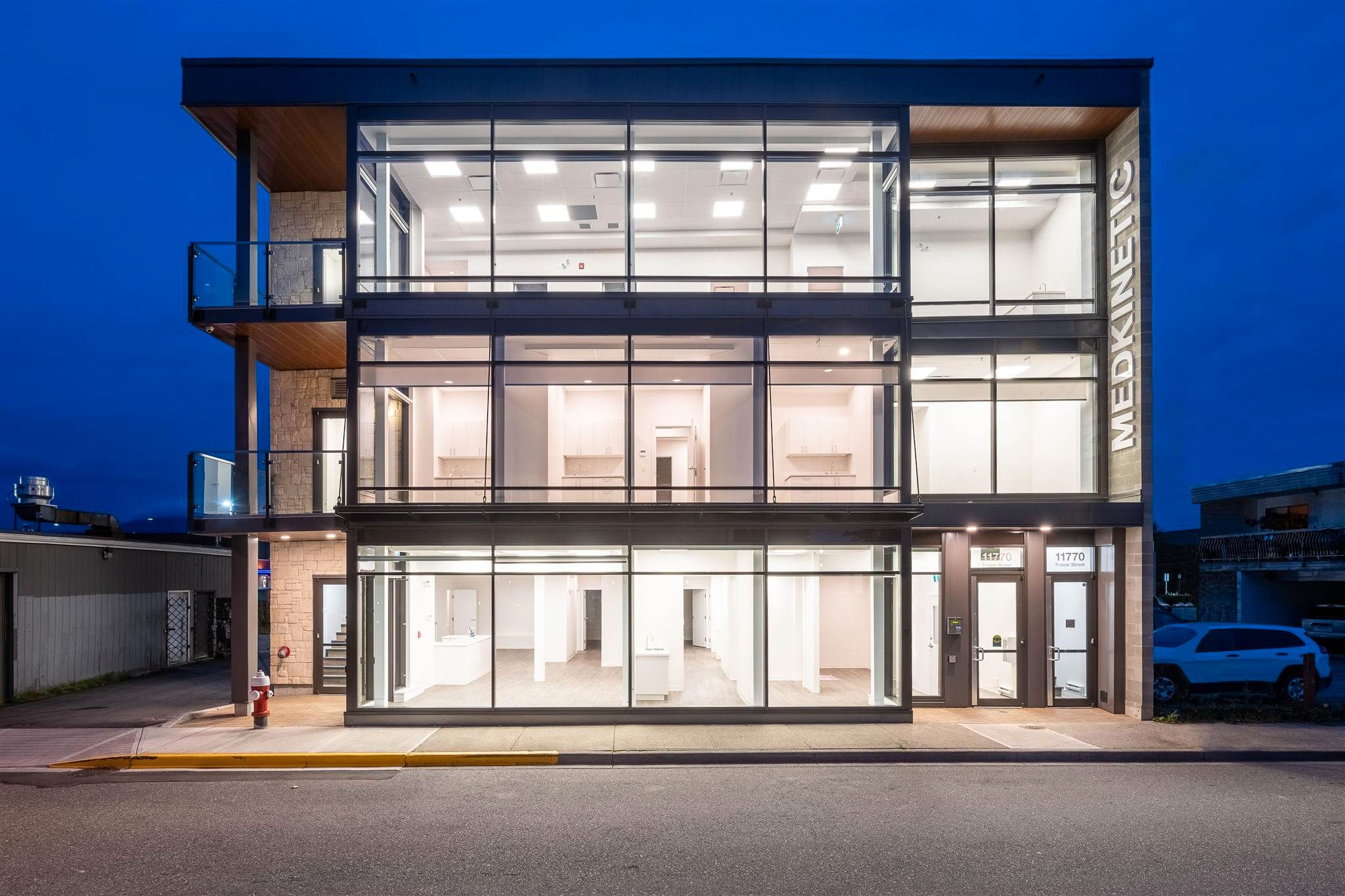 Main Photo: 202 11770 FRASER STREET in Maple Ridge: East Central Office for lease : MLS®# C8039566