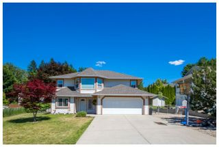 Photo 2: 1911 Northeast 2nd Avenue in Salmon Arm: Central House for sale : MLS®# 10138801