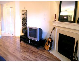 """Photo 6: 204 2741 E HASTINGS Street in Vancouver: Hastings East Condo for sale in """"THE RIVIERA"""" (Vancouver East)  : MLS®# V683987"""