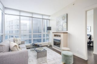 """Photo 4: 3102 1189 MELVILLE Street in Vancouver: Coal Harbour Condo for sale in """"THE MELVILLE"""" (Vancouver West)  : MLS®# R2457836"""