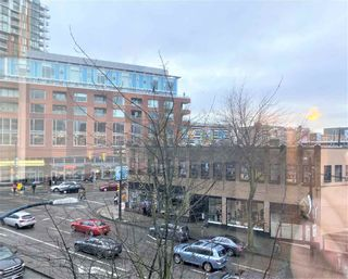 """Photo 11: 317 288 E 8TH Avenue in Vancouver: Mount Pleasant VE Condo for sale in """"METROVISTA"""" (Vancouver East)  : MLS®# R2545771"""