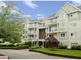 """Photo 1: 304 20189 54TH Avenue in Langley: Langley City Condo for sale in """"Catalina Gardens"""" : MLS®# F1214183"""