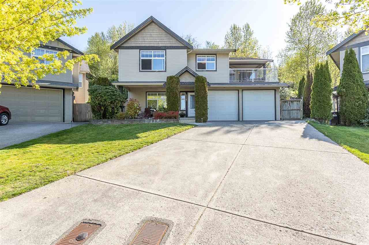Main Photo: 35587 TWEEDSMUIR Drive in Abbotsford: Abbotsford East House for sale : MLS®# R2569670