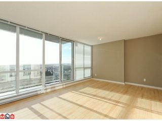 """Photo 2: 2006 9981 WHALLEY Boulevard in Surrey: Whalley Condo for sale in """"PARK PLACE 2"""" (North Surrey)  : MLS®# F1200880"""