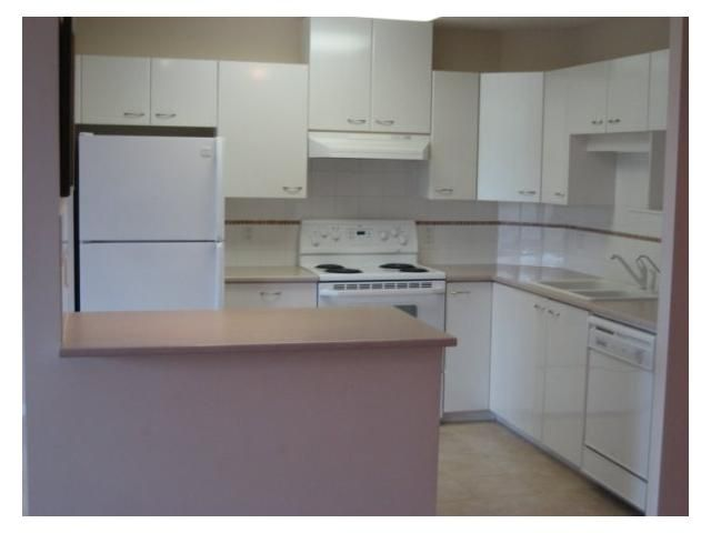"""Photo 3: Photos: 408 4425 HALIFAX Street in Burnaby: Brentwood Park Condo for sale in """"THE POLARIS"""" (Burnaby North)  : MLS®# V806382"""