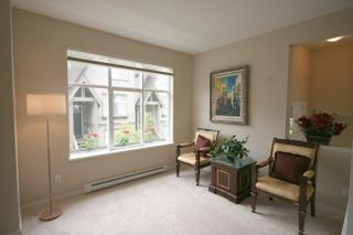 Photo 2: 65 7288 Heather Street: Home for sale : MLS®# v650868