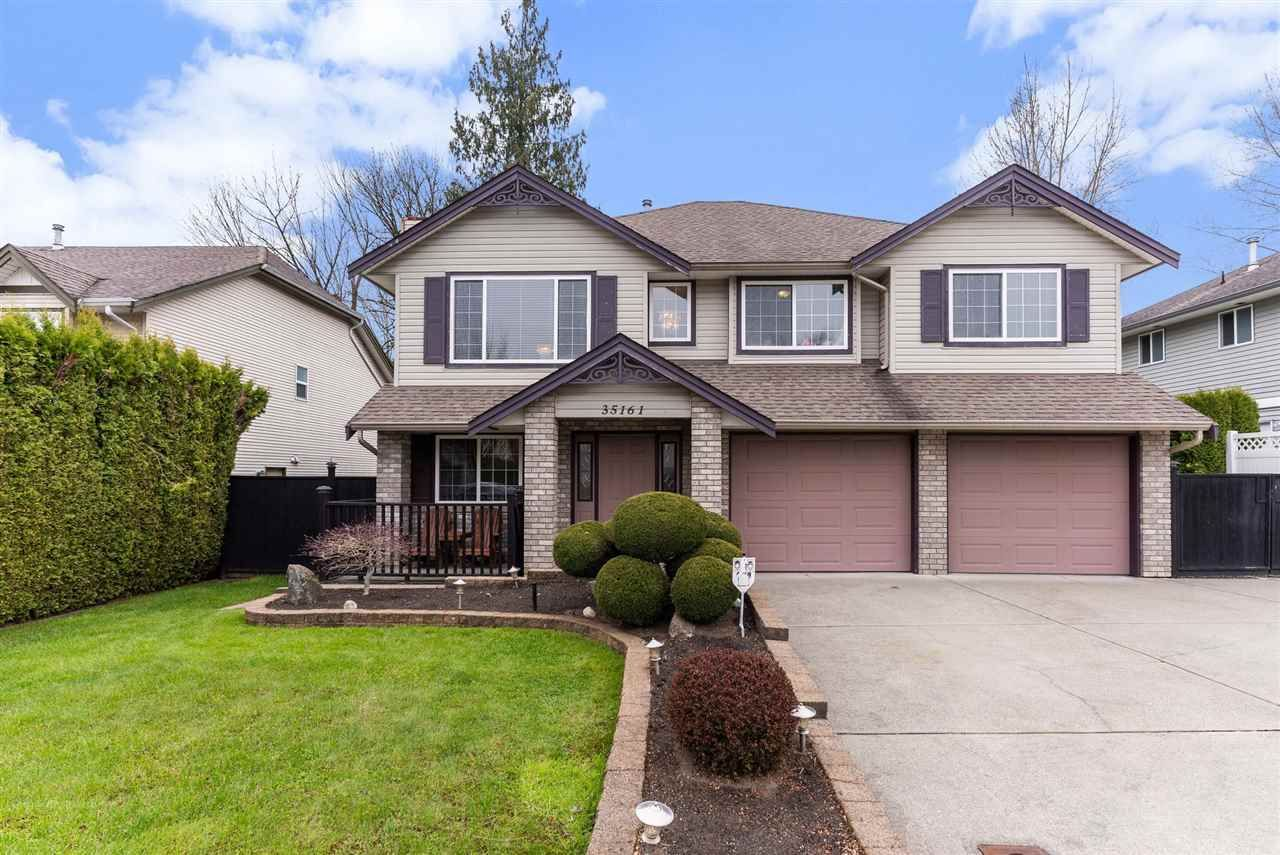 Main Photo: 35161 CHRISTINA Place in Abbotsford: Abbotsford East House for sale : MLS®# R2562778
