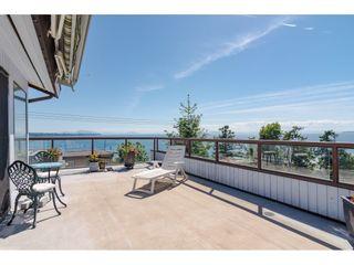 "Photo 2: 15071 BUENA VISTA Avenue: White Rock 1/2 Duplex for sale in ""WHITE ROCK HILLSIDE"" (South Surrey White Rock)  : MLS®# R2372638"