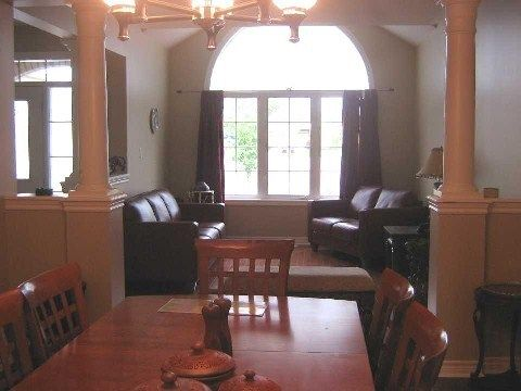Photo 4: Photos: 14 Don Morris Court in Clarington: Bowmanville House (2-Storey) for lease : MLS®# E2794787