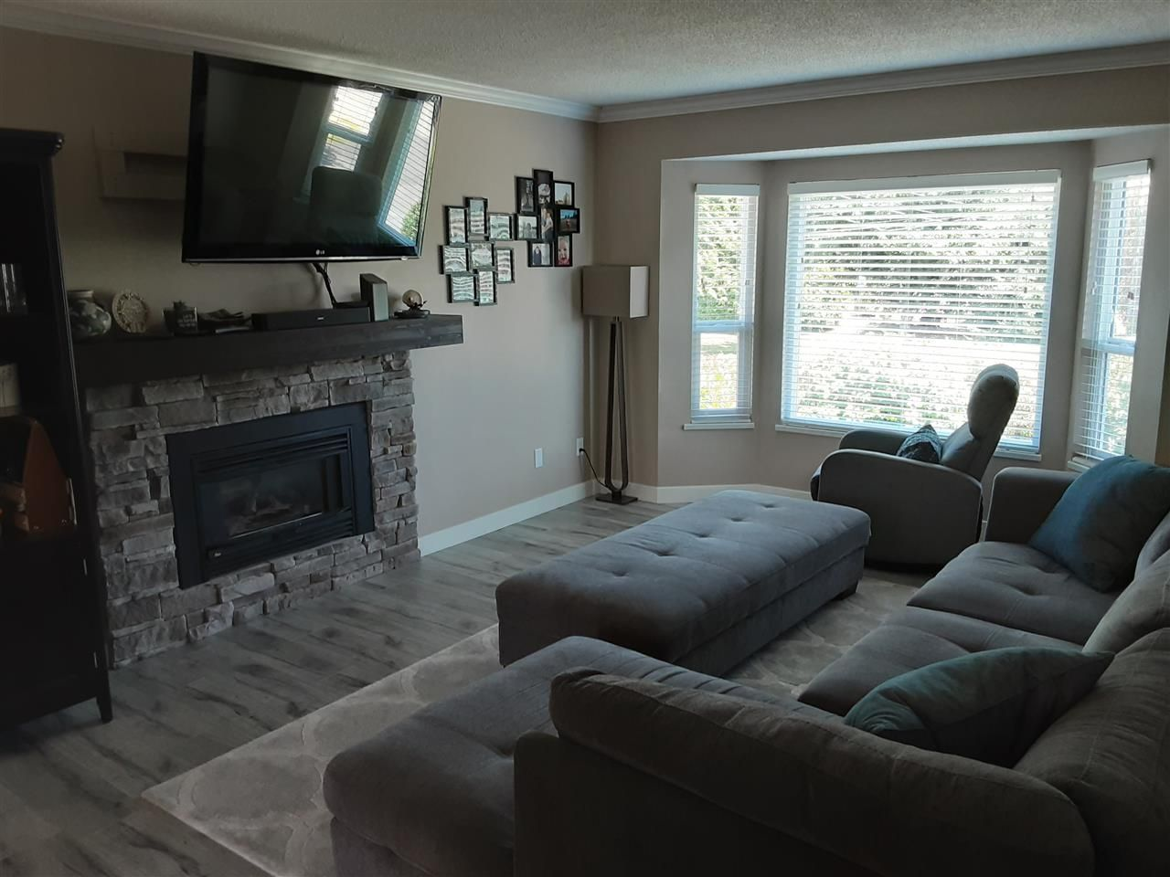 Photo 15: Photos: 3287 274 Street in Langley: Aldergrove Langley House for sale : MLS®# R2484329