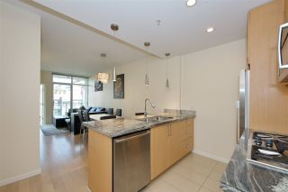 Photo 7: 608 63 W 2ND Avenue in Vancouver: False Creek Condo for sale (Vancouver West)  : MLS®# R2538695