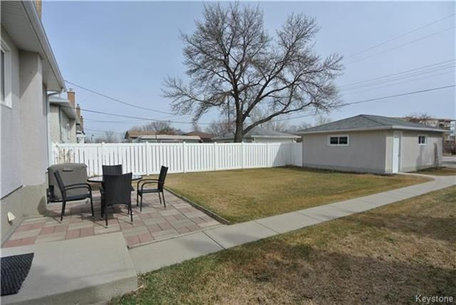 Photo 17: Photos: 410 Cabana Place in Winnipeg: Residential for sale (2A)  : MLS®# 1810085