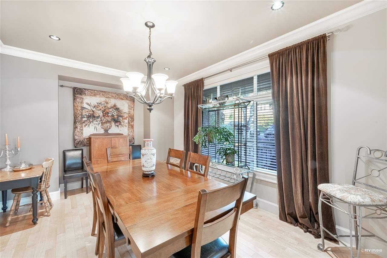 Photo 12: Photos: 645 IOCO Road in Port Moody: North Shore Pt Moody House for sale : MLS®# R2537725
