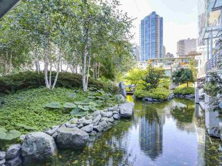 Photo 16: 406 590 NICOLA STREET in Vancouver: Coal Harbour Condo for sale (Vancouver West)  : MLS®# R2302772