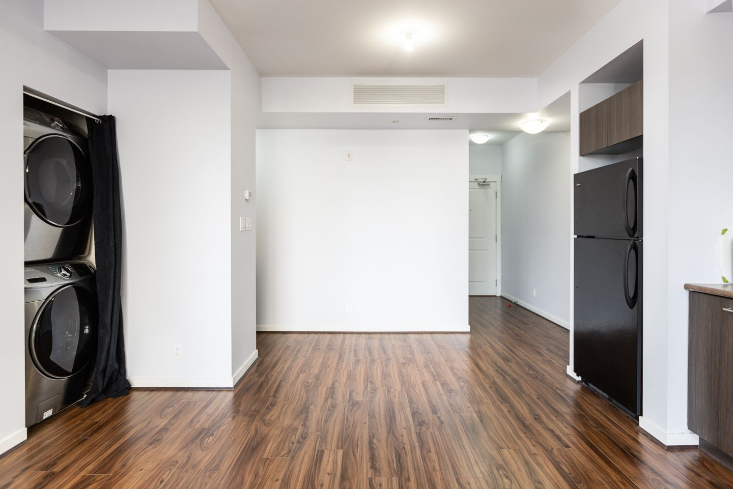 """Photo 6: Photos: 398 4133 STOLBERG Street in Richmond: West Cambie Condo for sale in """"REMY"""" : MLS®# R2346202"""