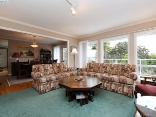 Photo 3: 3735 Crestview Rd in VICTORIA: SE Cadboro Bay House for sale (Saanich East)  : MLS®# 826514