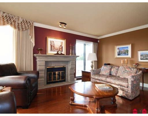 """Photo 6: Photos: 204 1280 FOSTER Street in White_Rock: White Rock Condo for sale in """"Regal Place"""" (South Surrey White Rock)  : MLS®# F2904099"""