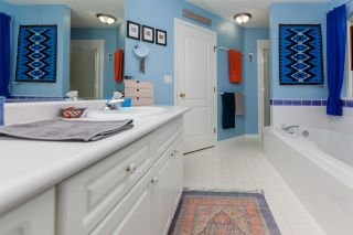 Photo 11: 20613 125 Avenue in Maple Ridge: Northwest Maple Ridge House for sale : MLS®# R2410985