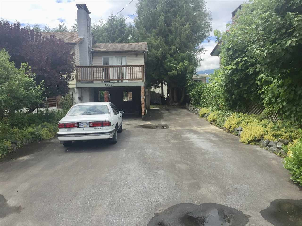 "Main Photo: 10559 CONRAD Street in Chilliwack: Fairfield Island House for sale in ""Fairfield Island"" : MLS®# R2387824"