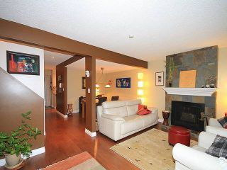 Photo 11: 1031 Old Lillooet Rd in North Vancouver: Lynnmour Townhouse for sale : MLS®# V1105972