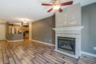 "Photo 11: 206 33478 ROBERTS Avenue in Abbotsford: Central Abbotsford Condo for sale in ""Aspen Creek"" : MLS®# R2403357"