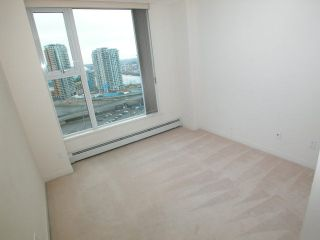 "Photo 7: 2007 1009 EXPO Boulevard in Vancouver: Downtown VW Condo for sale in ""LANDMARK 33S"" (Vancouver West)  : MLS®# V705605"