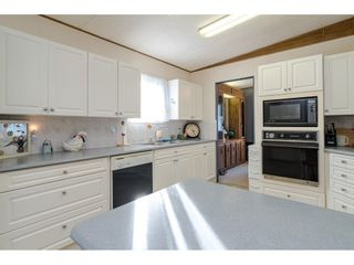 "Photo 13: 84 2270 196 Street in Langley: Brookswood Langley Manufactured Home for sale in ""Pineridge Park"" : MLS®# R2511479"