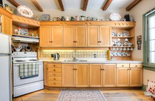 Photo 3: : Duplex for sale : MLS®# 1802539