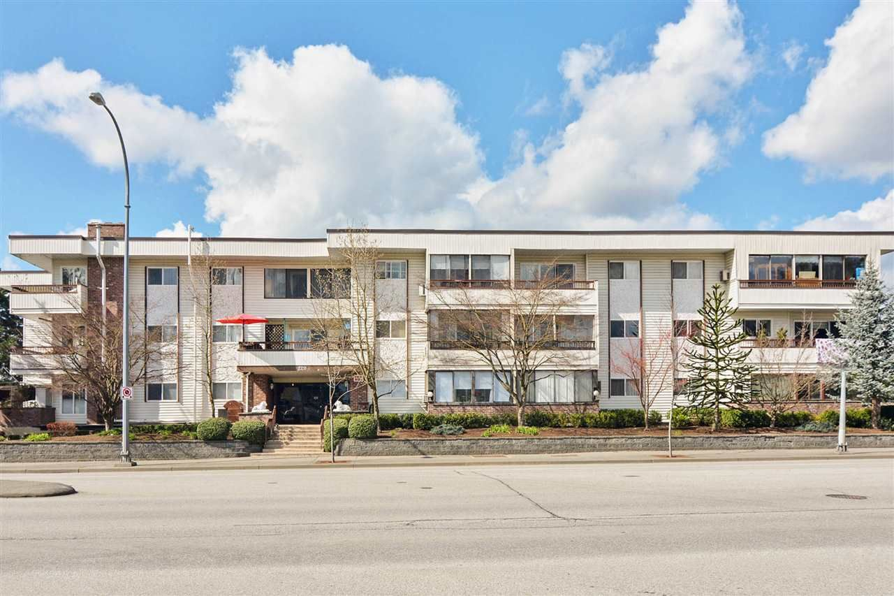 """Main Photo: 311 2211 CLEARBROOK Road in Abbotsford: Abbotsford West Condo for sale in """"GLENWOOD MANOR"""" : MLS®# R2524980"""