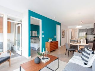 """Photo 13: 212 205 E 10TH Avenue in Vancouver: Mount Pleasant VE Condo for sale in """"The Hub"""" (Vancouver East)  : MLS®# R2621632"""