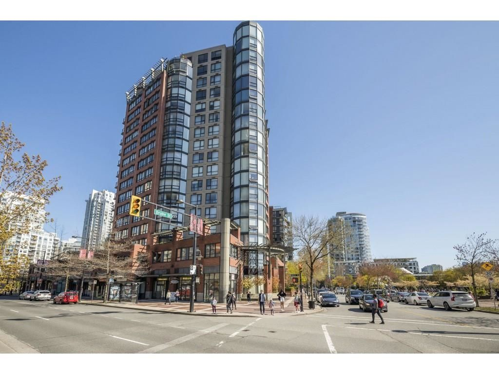 """Main Photo: 3E 199 DRAKE Street in Vancouver: Yaletown Condo for sale in """"CONCORDIA 1"""" (Vancouver West)  : MLS®# R2610392"""