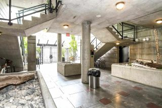 """Photo 20: 710 428 W 8TH Avenue in Vancouver: Mount Pleasant VW Condo for sale in """"XL LOFTS"""" (Vancouver West)  : MLS®# R2088078"""