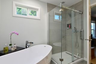 Photo 28: 1933 SOUTHMERE CRESCENT in South Surrey White Rock: Home for sale : MLS®# r2207161