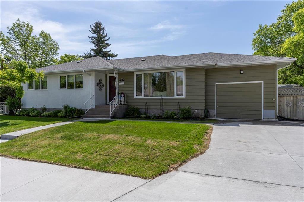 Main Photo: 90 Crowson Bay in Winnipeg: East Fort Garry Residential for sale (1J)  : MLS®# 202012223