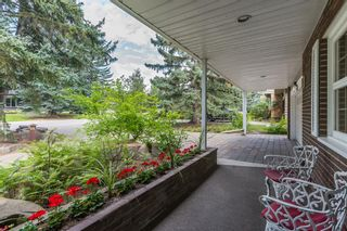 Photo 3: 54 Eagle Ridge Drive SW in Calgary: Eagle Ridge Detached for sale : MLS®# A1142942
