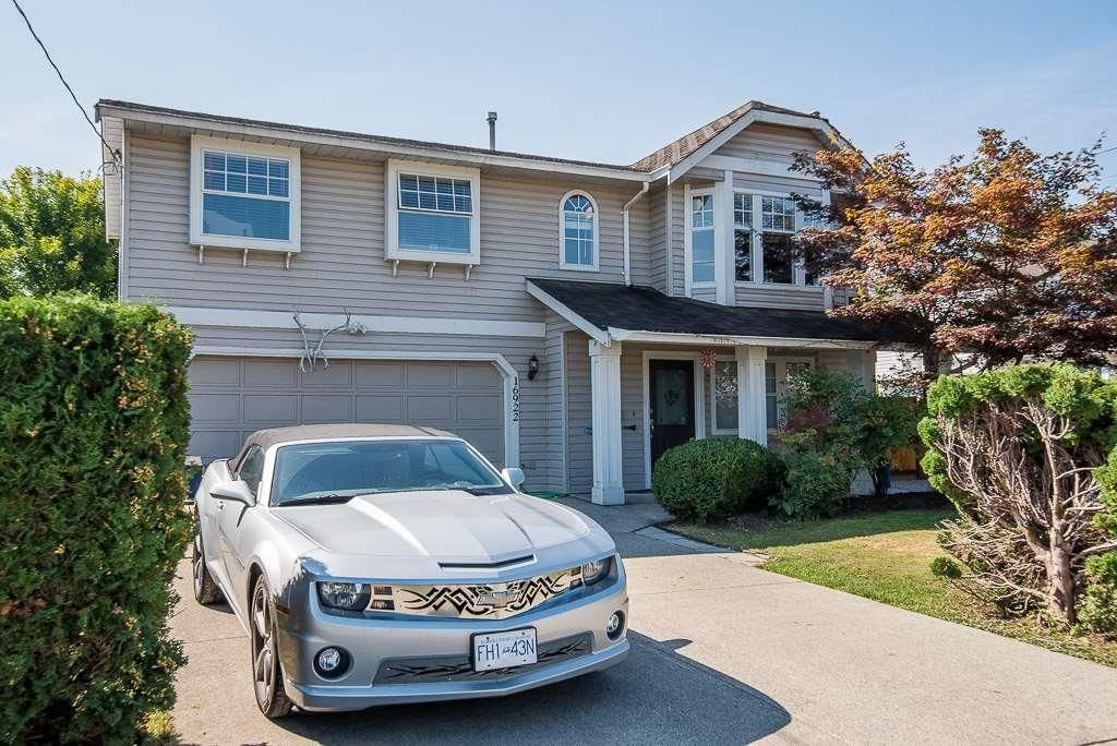 Main Photo: 16922 60 Avenue in Surrey: Cloverdale BC House for sale (Cloverdale)  : MLS®# R2603470