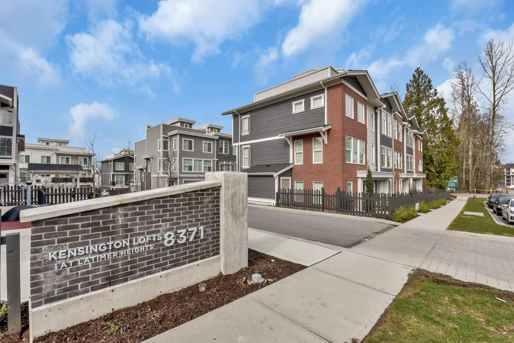 """Main Photo: 25 8371 202B Avenue in Langley: Willoughby Heights Townhouse for sale in """"LATIMER HEIGHTS"""" : MLS®# R2548028"""
